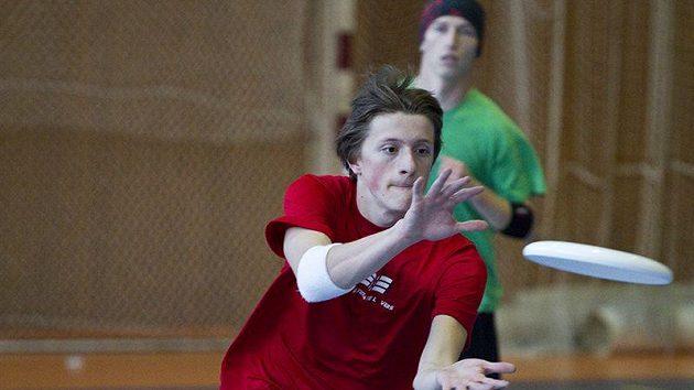 Českobudějovické gymnázium Jírovcova ovládlo další turnaj Středoškolské ligy v ultimate frisbee. Kdo je zastaví?