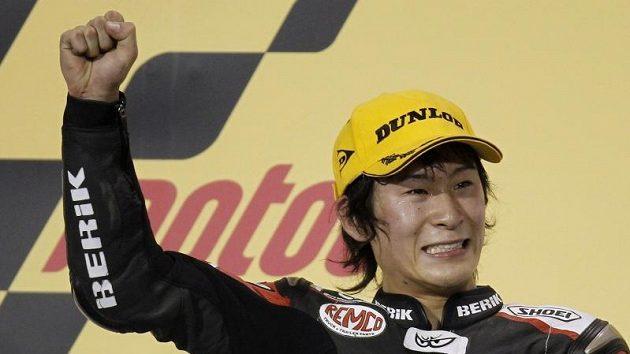 Japonec Šoya Tomizawa se stal prvním vítězem závodu nové třídy Moto2.