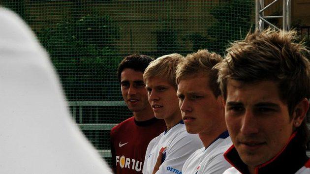 Matěj Vydra (druhý zleva) se na Nike City Cupu představil hned poté, co se vrátil z Itálie, kde podepsal smlouvu s Udine.