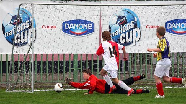 Finálový turnaj Danone Nations Cupu nabídl pěkné akce i dramatické okamžiky před brankami.