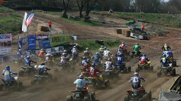 Závod MČR v quadcrossu v Poříčí nad Sázavou