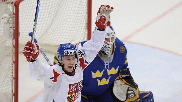 Roman Červenka se raduje z branky, kterou do švédské brány vstřelil Tomáš Mojžíš.