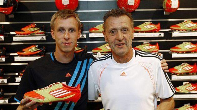 Jan Berger se synem Tomášem při reklamní akci.