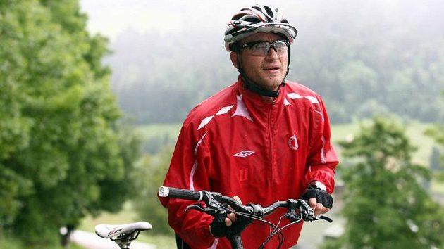 Fotbalista Slavie Praha Vladimír Šmicer během letní přípravy ve Špindlerově Mlýně