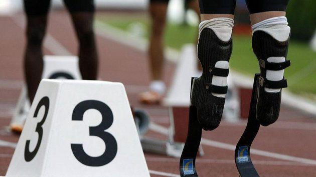 Protézy Oskara Pistoriuse na startu závodu v Ostravě