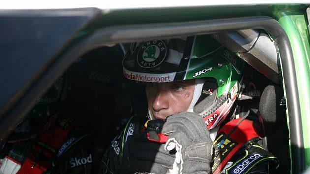 Juho Hänninen ve voze Škoda Fabia S2000 při Italské rallye na Sardinii.