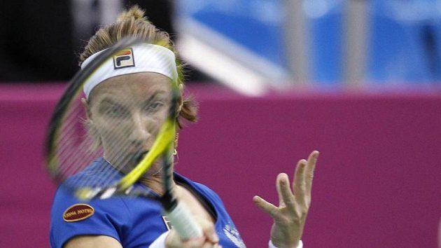 Světlana Kuzněcovová při zápase s Lucií Šafářovou v Moskvě.
