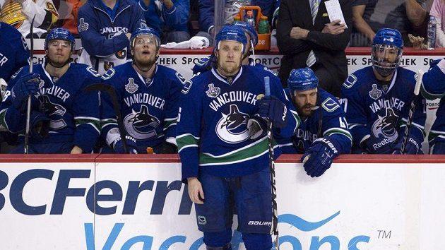 Smutek hokejistů Vancouveru po sedmém finále Stanley Cupu