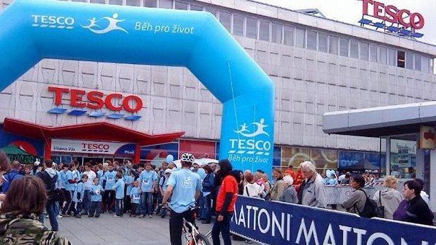 Tesco běh pro život je zaměřený na podporu nadačního fondu dětské onkologie Krtek.