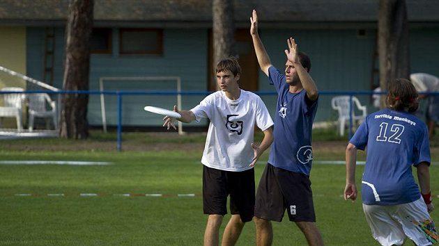 Finálový zápas přinesl vyrovnaný zápas se šťastným koncem pro tým FUJ.