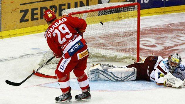 Vítězný gól slávisty Lukáše Krenželoka v derby se Spartou.