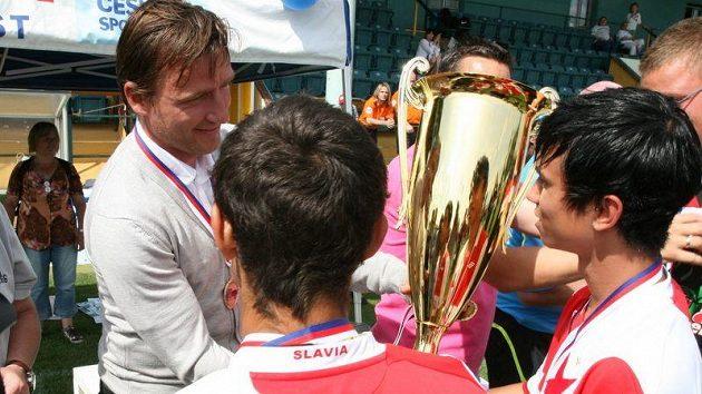 DDCUP 2011