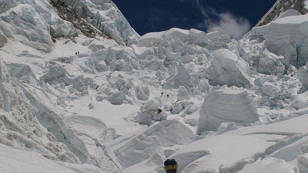 Šerpové v ledopádu Khumbu.