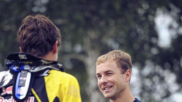 Freestylový motocyklista Petr Pilát (vlevo) a pilot Martin Šonka