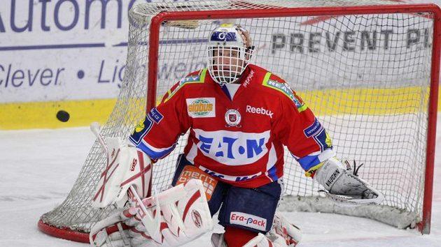 Brankář hokejistů Pardubic Dominik Hašek.