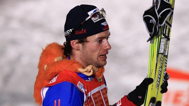 Lyžař Dušan Kožíšek po finálovém sprintu Tour de Ski v Praze na Strahově