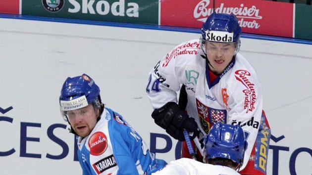 Jiří Hudler (vpravo) a Fin Komarov