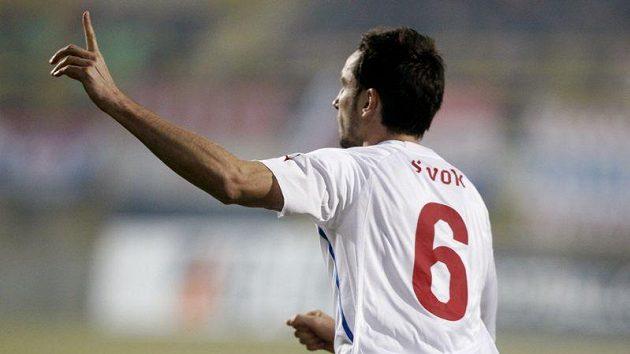 Tomáš Sivok oslavuje gól vstřelený Chorvatsku.