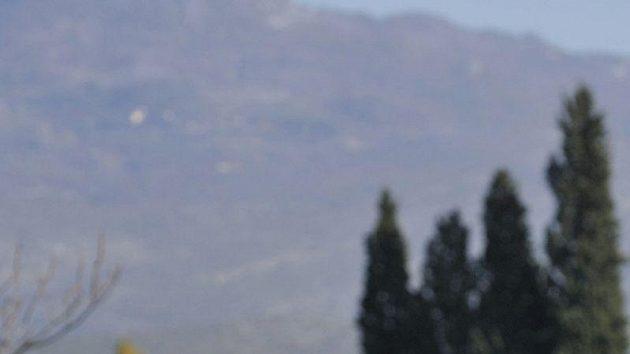 Fotbalisté české reprezentace si vyšli na procházku po černohorské Podgorici, kde se utkají v odvetě baráže o postup na mistrovství Evropy s Černou Horou. Na snímku je Petr Jiráček.