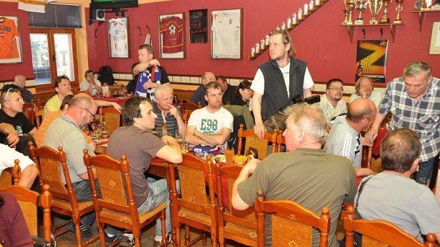 Slavnostní otevření pobočky fanclubu v Rumburku