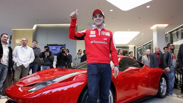Felipe Massa v české pobočce Ferrari