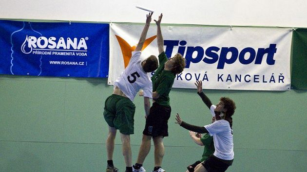 Pražský tým FUJ v obou kategoriích skončil pod stupni vítězů na čtvrtém místě.