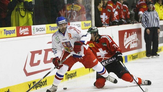 Tomáš Svoboda před Švýcarem Lotscherem.