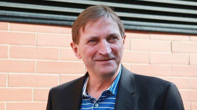 Trenér Alois Hadamczik přivítal hráče na srazu české hokejové reprezentace.
