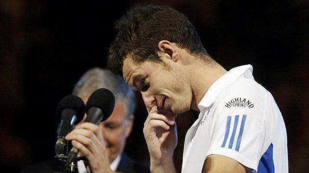 Andy Murray se po prohře neubránil slzám