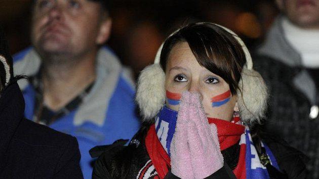 Kouzlení Barcelony sledovali fanoušci Viktorie se zatajeným dechem i v centru Plzně na velkoplošné obrazovce.