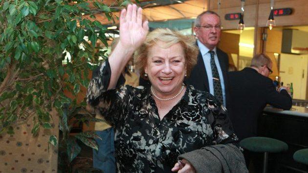 Věra Čáslavská při setkání účastníků zimní a letní olympiády v roce 1960. Nejslavnější chvíle kariéry úspěšné sportovní gymnastky přišly o osm let později na hrách v Mexiku.