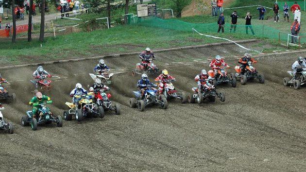 Závod MČR v quadcrossu v Horšovském Týně.