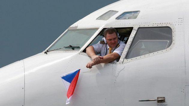 Pilot speciálu, který přivezl české hokejisty z mistrovství světa