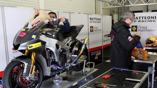 Peškův motocykl japonské značky Moriwaki pro novou kubatůru Moto2.