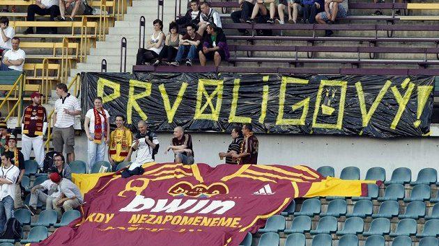 Fanoušci pražské Dukly se už těší na návrat do první ligy.