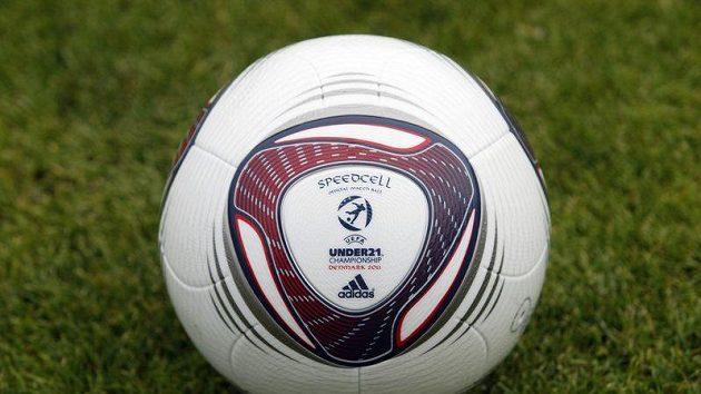 Oficiální míč mistrovství Evropy fotbalistů do 21 let v Dánsku