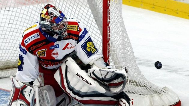 Brankář hokejistů Slavie Stanislav Neruda