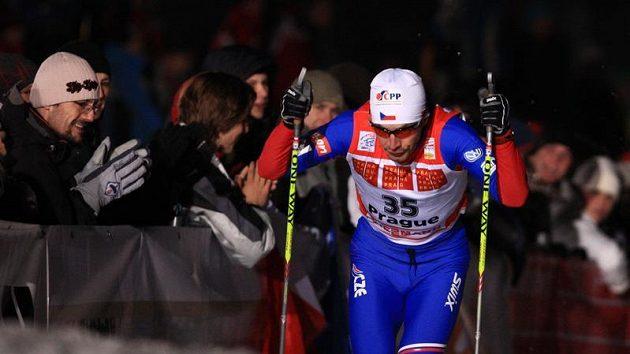Martin Koukal během sprintu na Strahově při seriálu Tour de Ski.