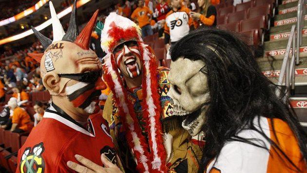Fanoušci Chicaga a Philadelphie před šestým finále