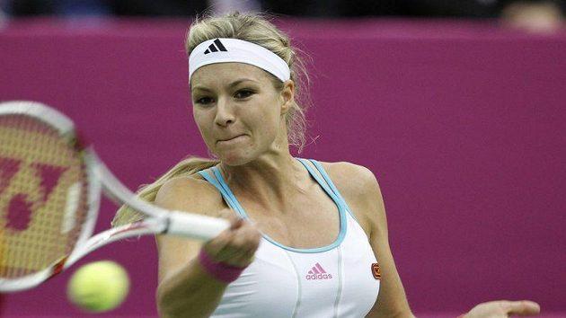 Maria Kirilenková v souboji s Petrou Kvitovou v Moskvě.