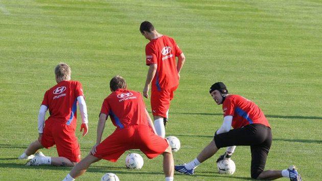 Čeští fotbalisté na tréninku