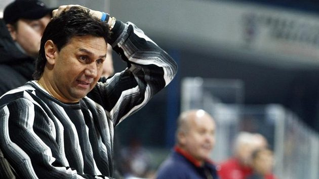 Trenér hokejistů Slavie Vladimír Růžička