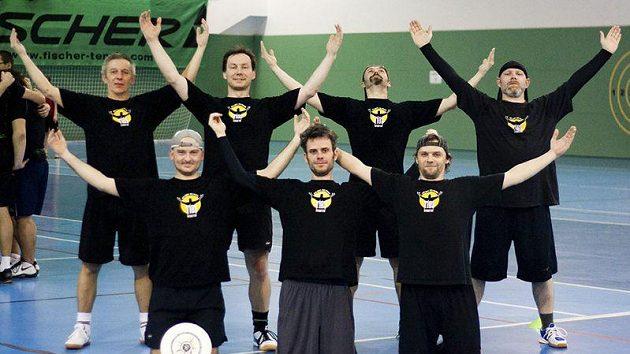 Čeští masters, tým Tios, byli krůček od bojů o medaile a kromě nakonec pátého místa si odvezli i cenu Spirit of the Game. Nejstaršímu hráči je 56 let.
