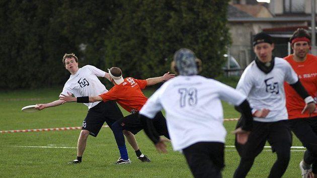 Pražský tým FUJ zůstal jediný bod od postupu do finále.