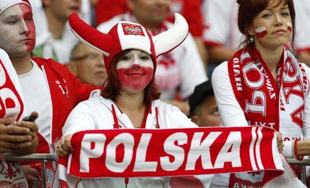 Polští fanoušci při utkání s Ruskem