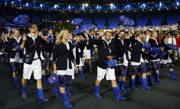 Čeští olympionici při slavnostním zahájení her v Londýně.