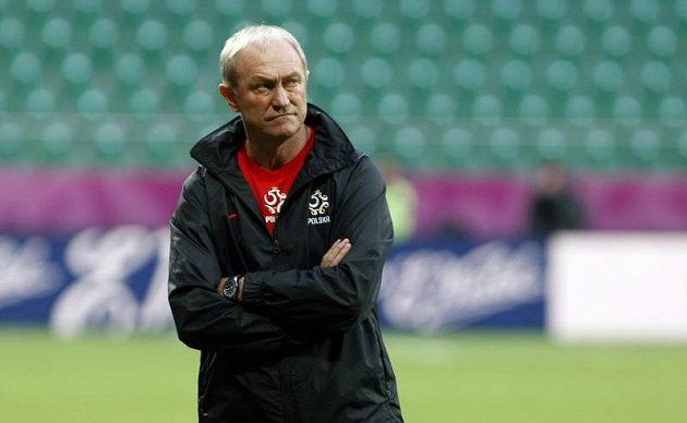 Trenér polské fotbalové reprezentace Franciszek Smuda na tréninku před zápasem proti Česku