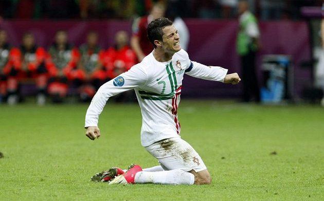 Autor vítězné trefy a nejlepší hráč portugalského týmu Cristiano Ronaldo