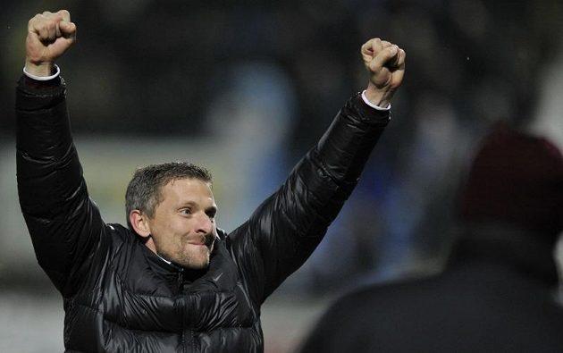 Trenér Sparty Martin Hašek si výhru v Liberci náležitě vychutnal.