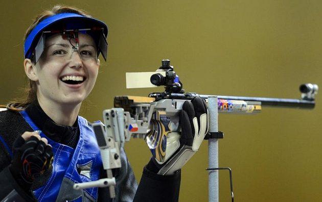 Adéla Sýkorová se směje, právě získala olympijský bronz.